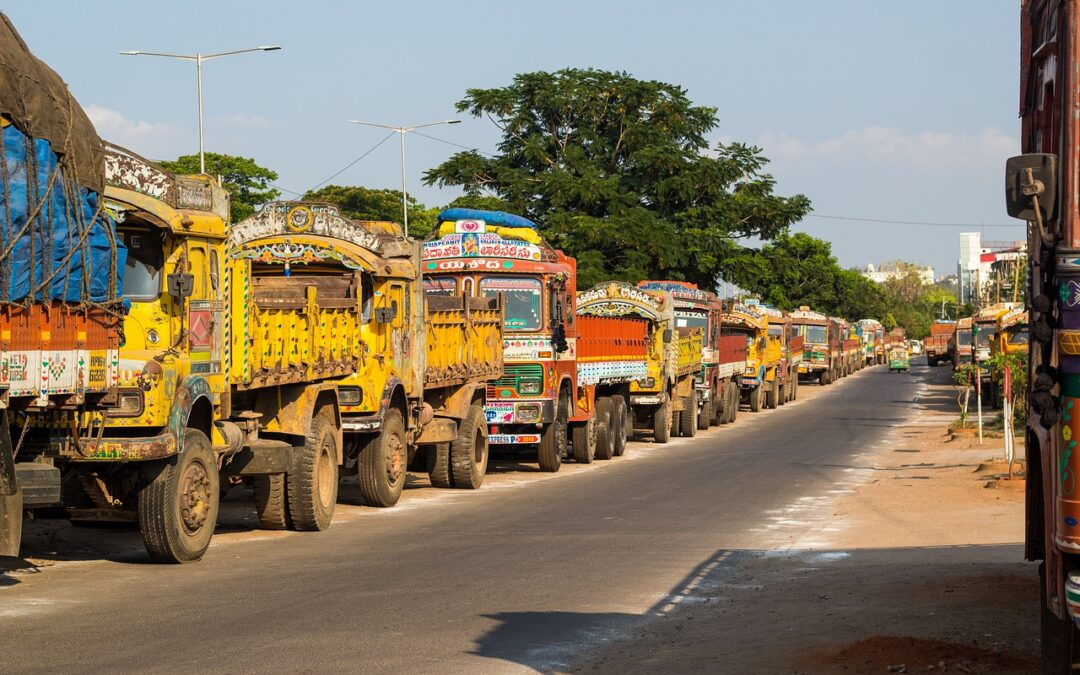 Great Loss faced by transporters due to fresh restrictions of lockdown in India | Major Ports waive off charges on Oxygen Cargo